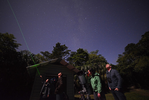 https://www.thalabeach.com.au/wp-content/uploads/2010/07/Stargazing.jpg