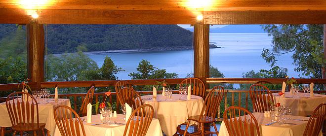 ospreys restaurant port douglas